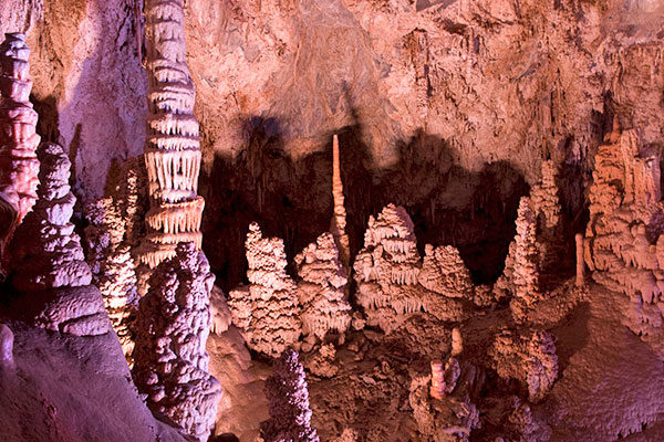 Lewis and Clark Caverns in Montana