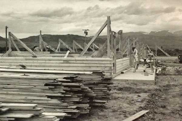 Building the Rainbow Valley Lodge in Ennis, Montana