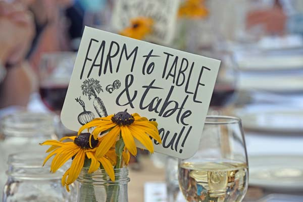 Farm Dinner Decor