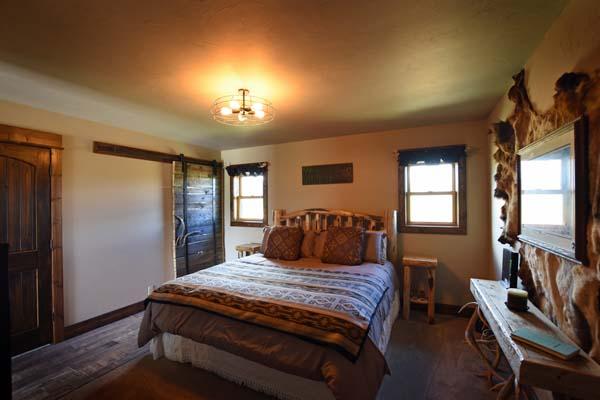 The Trapper Cabin bedroom 3